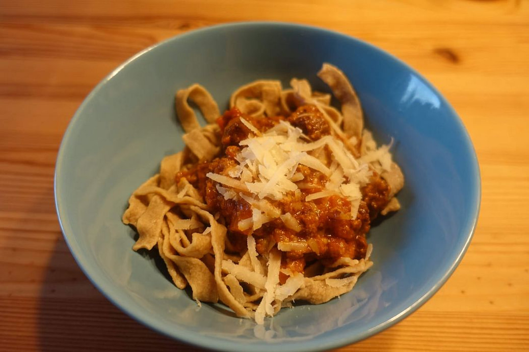 Low Carb Bolognese mit Vita2You Protein Nudeln