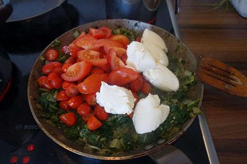 Low Carb Spinat-Lachs-Pasta